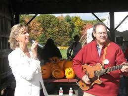 Paul Hodes singing with Peggo Hodes and pumpkins
