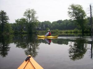 Kayakers enjoying a paddle on the Nashua River